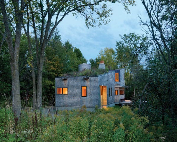featured posts image for Wooded home tucked into a nature preserve