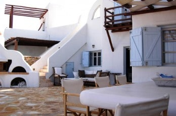 Living in paradise on the island of Mykonos