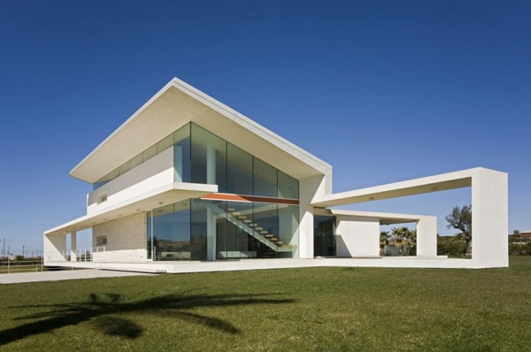 featured posts image for Stunning glass and concrete home in Italy