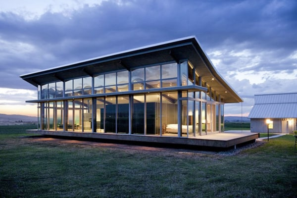 featured posts image for Stunning glass farmhouse by Olson Kundig Architects