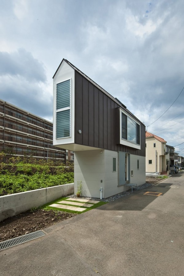 featured posts image for Brilliant design in this narrow River Side House