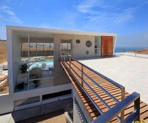 featured posts image for A sleek modern beach house in Peru
