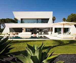 featured posts image for Ultra-modern Andalusia beach home