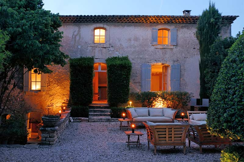 featured posts image for Picturesque 17th century villa in Provence