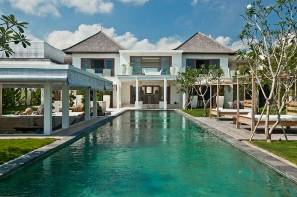 Ombak Putih Villa-01-1 Kind Design