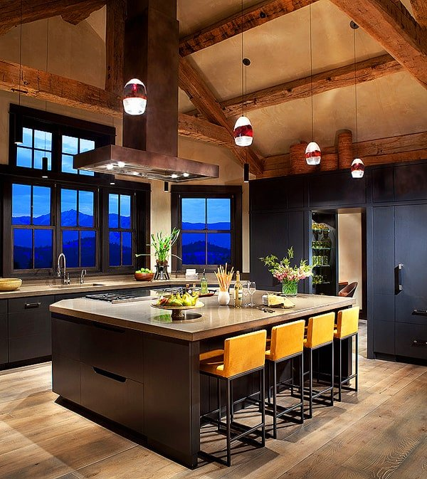 Mountain Home Decor: Montana Ranch Home Exuding Rustic-modern Style