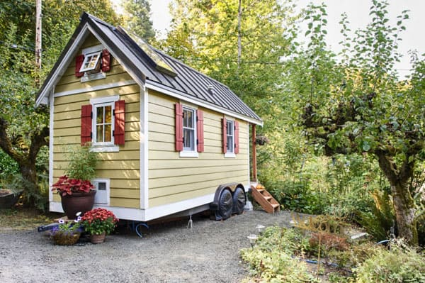 featured posts image for Charming tiny bungalow house overlooking Puget Sound