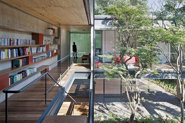 featured posts image for Brazilian pad embraces transparency and open spaces