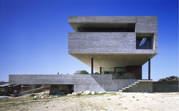 Pitch's House-ICA arquitectura-01-1 Kindesign