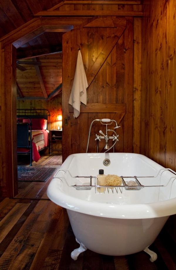 Rustic Barn Bathrooms-07-1 Kindesign