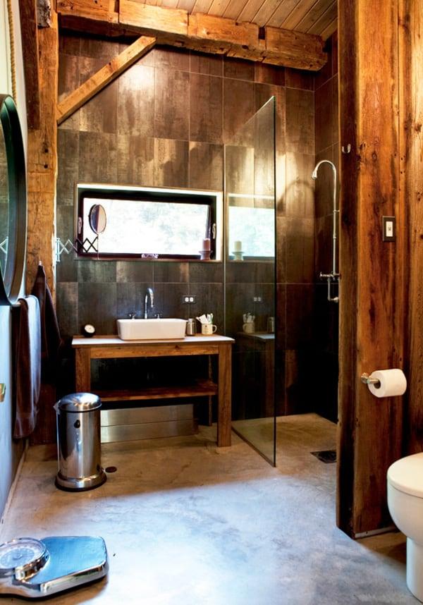 Rustic Barn Bathrooms-20-1 Kindesign