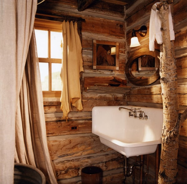 51 insanely beautiful rustic barn bathrooms for Small rustic bathroom designs