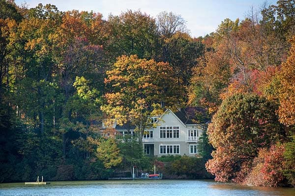 Lakeside Family Cottage-Barnes Vanze Architects-10-1 Kindesign