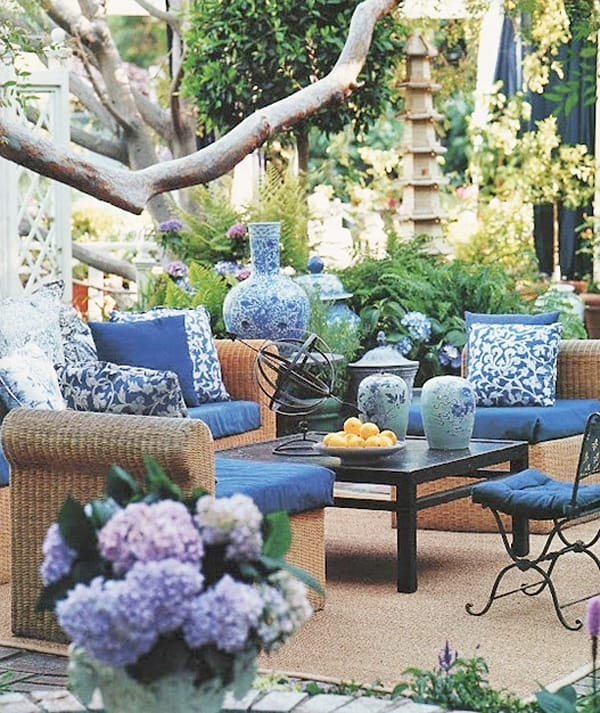 Colorful Outdoor Living Spaces-32-1 Kindesign on Colorful Patio Ideas id=11197