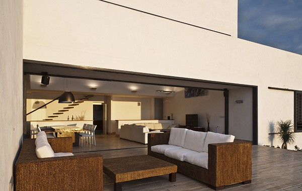 AA House-MVN Architects-16-1 Kindesign