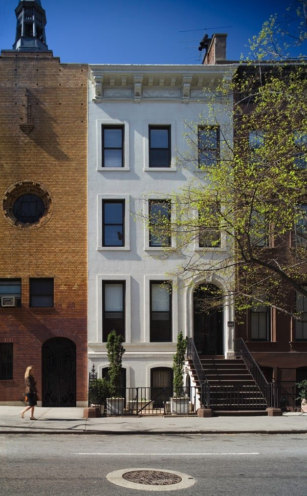 featured posts image for New York Townhouse Renovation for Open Elegant Space