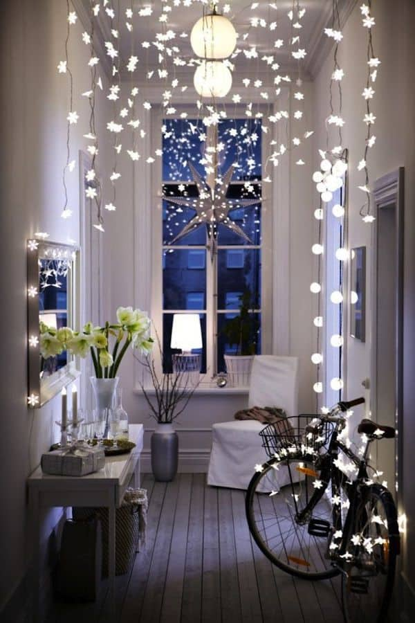 Christmas Decorating Ideas for Small Spaces-01-1 Kindesign