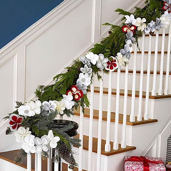 Christmas Decorating Ideas for Small Spaces-15-1 Kindesign