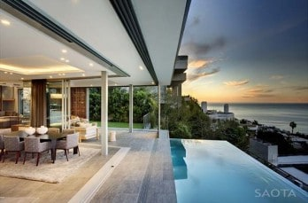 Luxury open plan living in Cape Town: Head Road 1816 by SAOTA