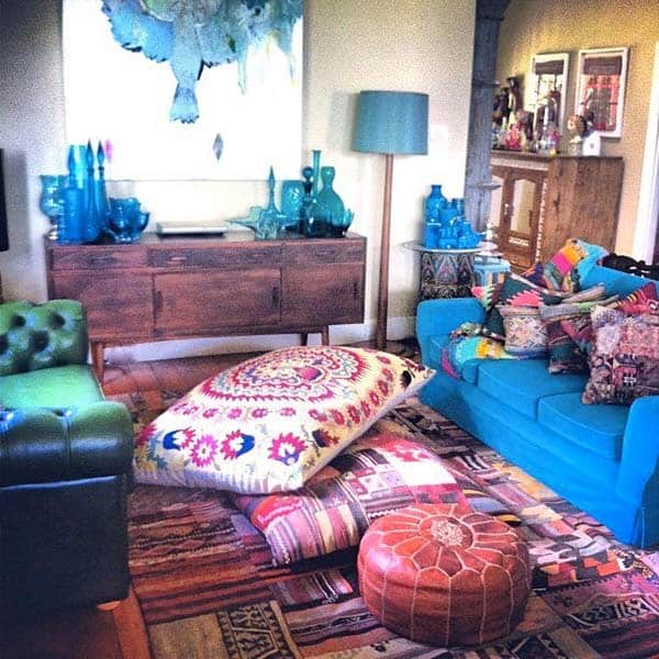 46 bohemian chic living rooms for inspired living. Black Bedroom Furniture Sets. Home Design Ideas