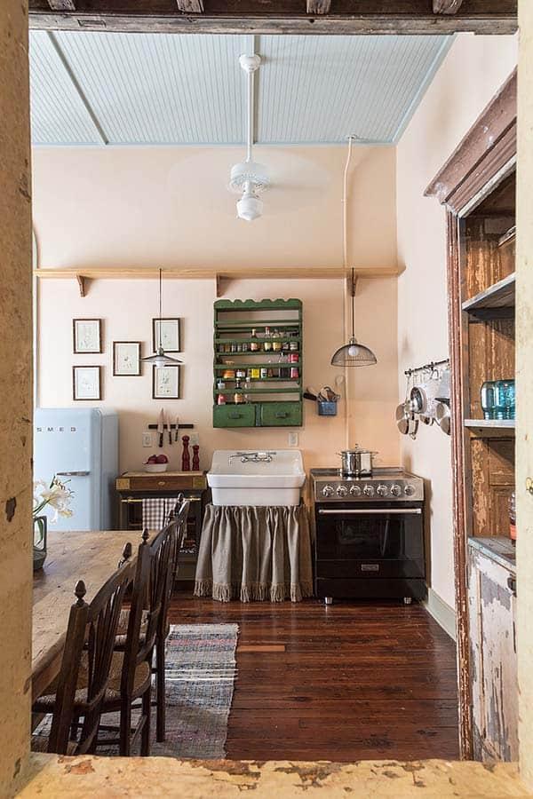 French Quarter Pied-a-Terre-Logan Killen Interiors-003-1 Kindesign