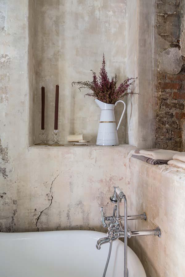 French Quarter Pied-a-Terre-Logan Killen Interiors-23-1 Kindesign