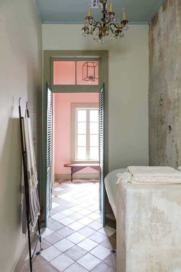 French Quarter Pied-a-Terre-Logan Killen Interiors-24-1 Kindesign
