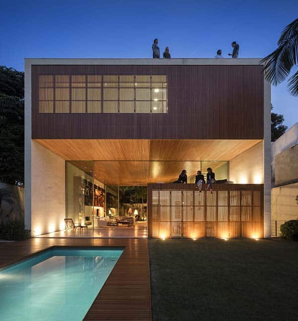 featured posts image for Tetris House offers wooden box-like shelter in Sao Paulo