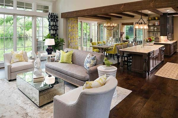 featured posts image for Eye-catching traditional style home infused with pops of color