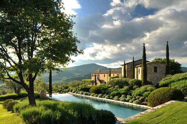 featured posts image for Charming stone farmhouse in Umbria: Villa Noci