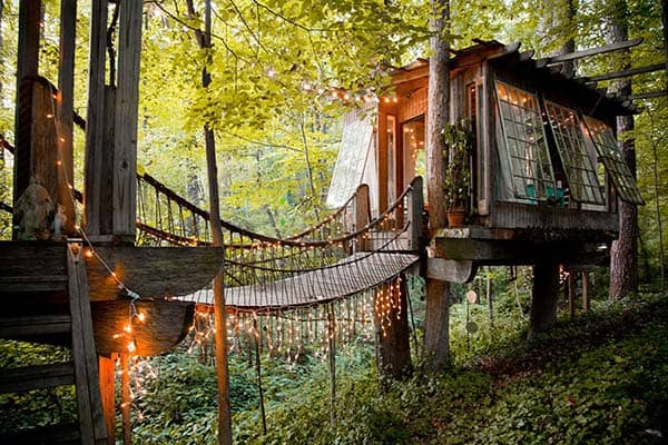 featured posts image for Magical treehouse getaway in Atlanta surrounded by forest