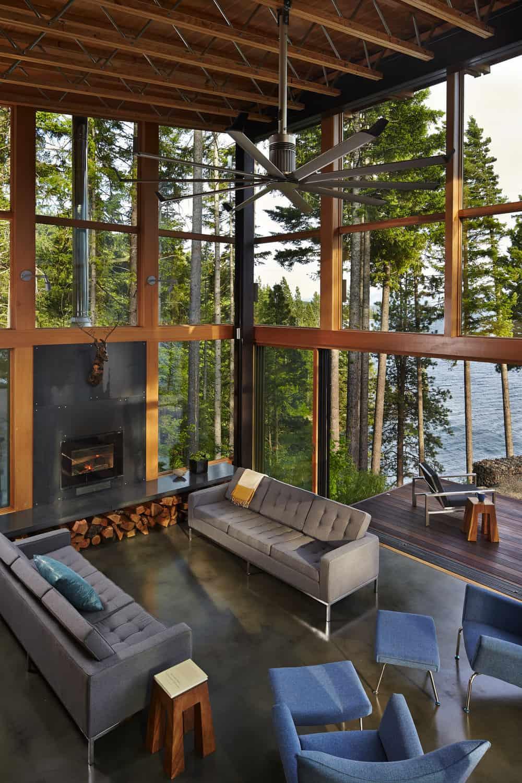 mountain-retreat-living-room
