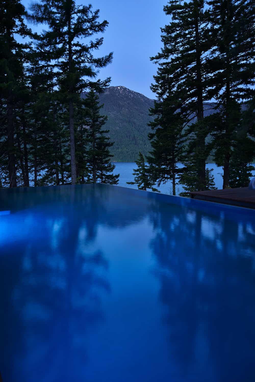 mountain-retreat-infinity-pool