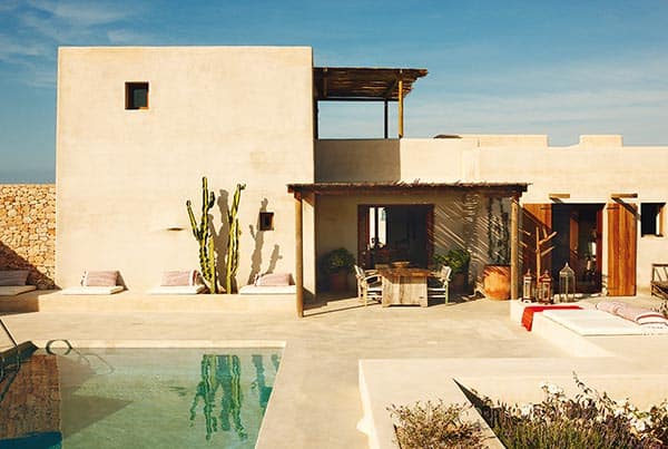 featured posts image for Chic summer retreat on the Formentera countryside