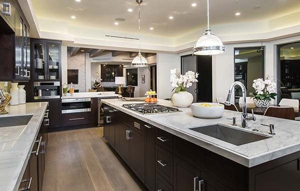 Extravagant estate boasts luxury living in brentwood for Gorgeous houses inside