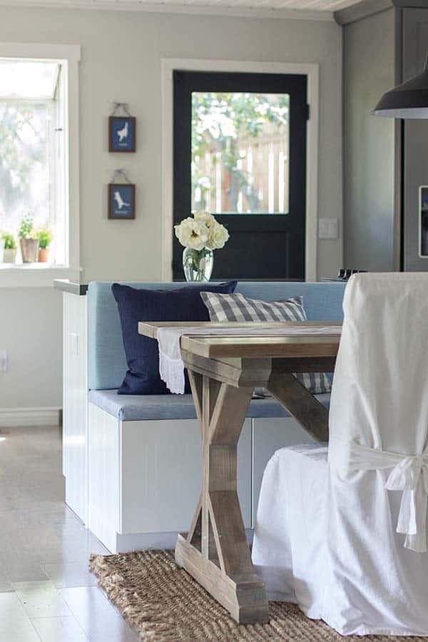Cozy Cottage Farmhouse-Jenna Sue Design-17-1 Kindesign