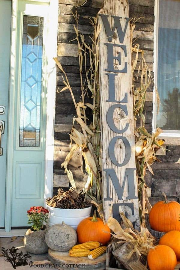 40 amazing fall inspired front porch decorating ideas Beautiful fall front porches