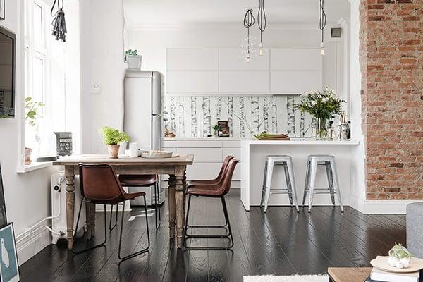 Stylish-Renovated-Apartment-Sweden-06-1 Kindesign