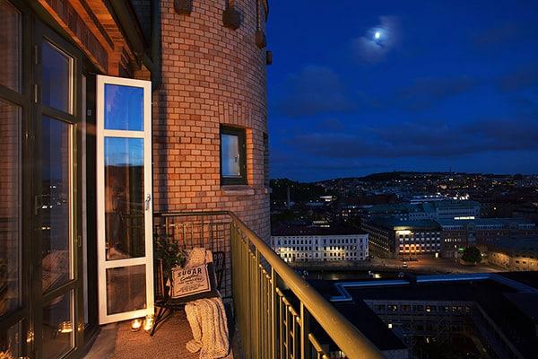 Stylish-Renovated-Apartment-Sweden-23-1 Kindesign