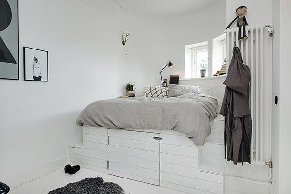 Stylish-Renovated-Apartment-Sweden-25-1 Kindesign