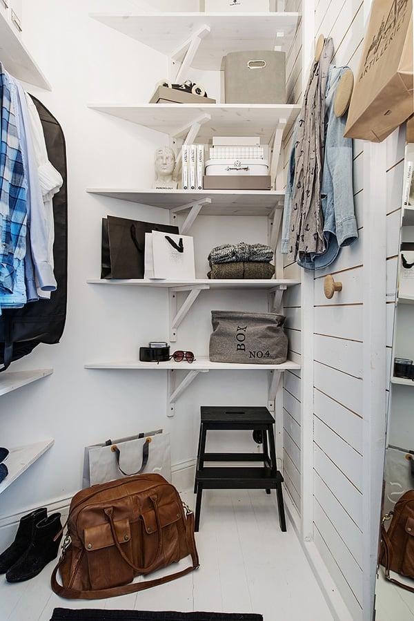 Stylish-Renovated-Apartment-Sweden-31-1 Kindesign