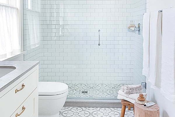 featured posts image for 44 Stunningly white bathroom design inspirations