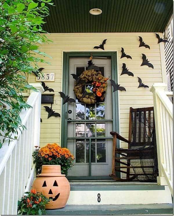 Outdoor Halloween Decorating Ideas-09-1 Kindesign