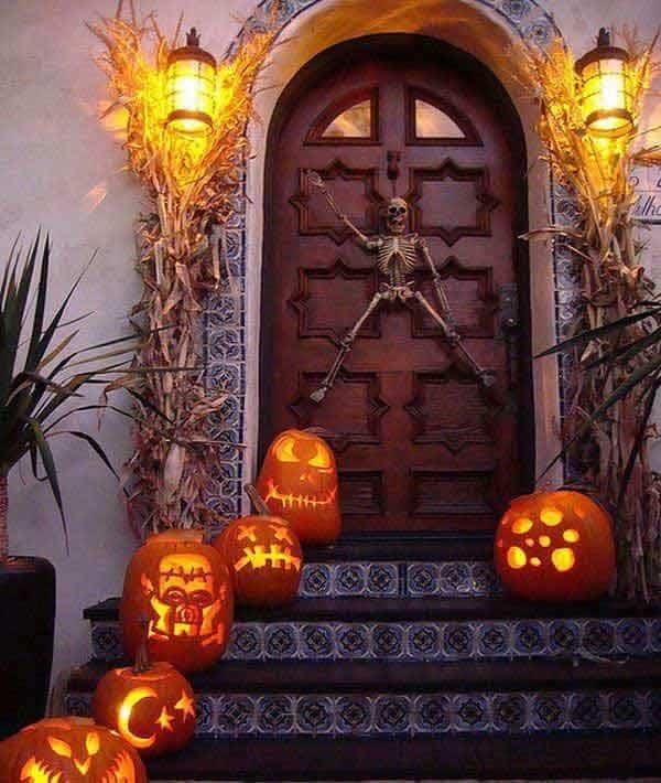 Outdoor Halloween Decorating Ideas-28-1 Kindesign