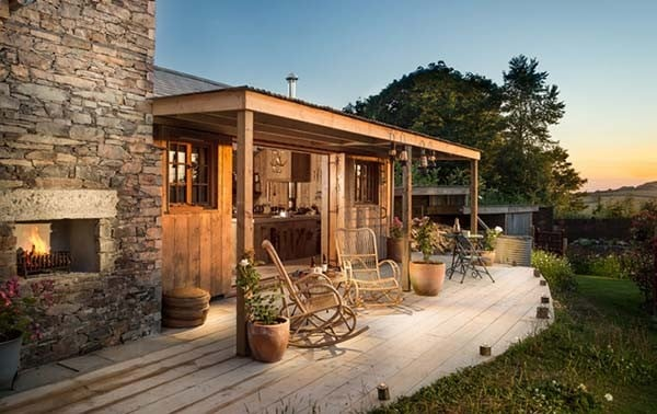 Self-Catering-Rustic-Log-Cabin-Cornwall-22-1 Kindesign