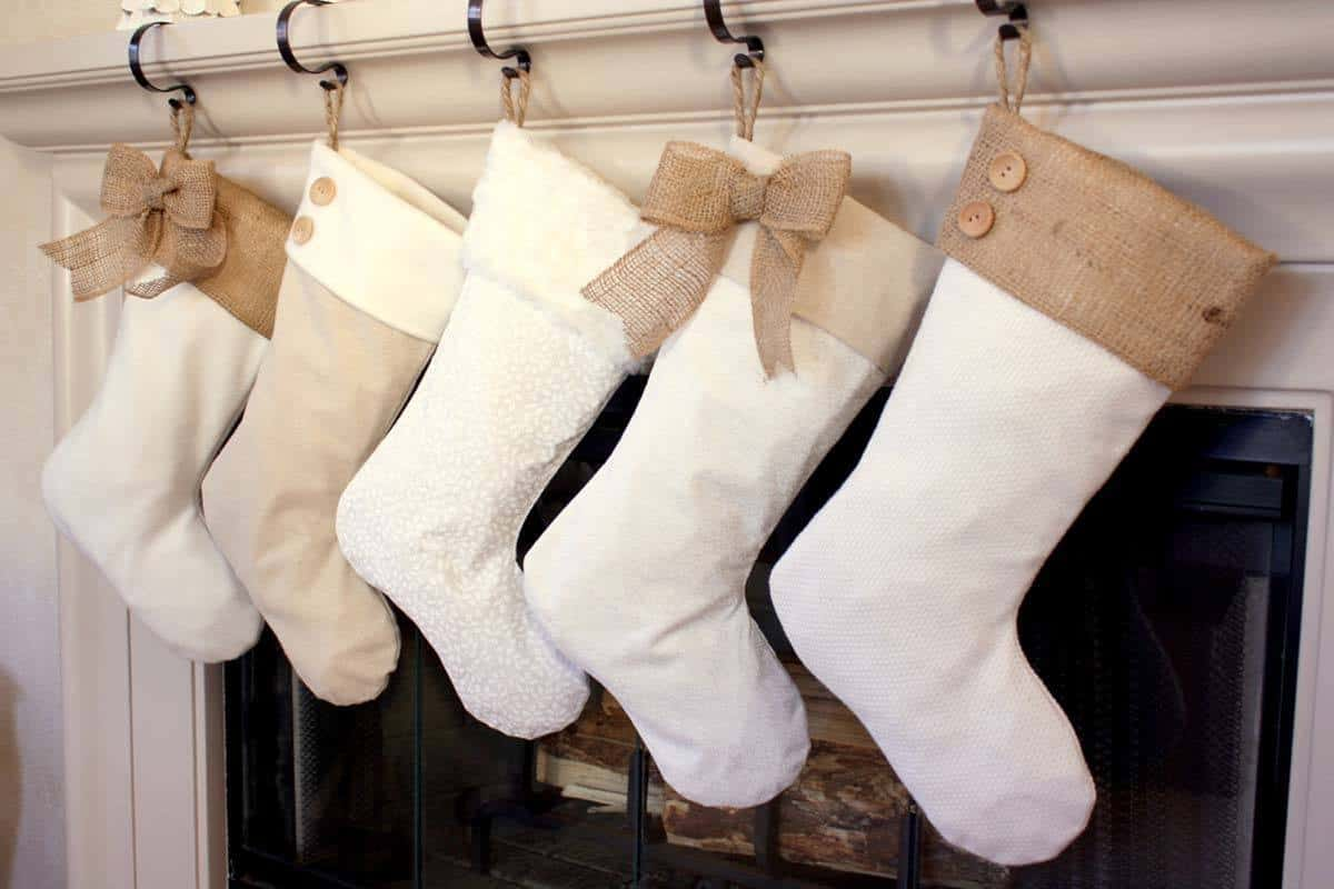 Christmas Stocking Ideas-19-1 Kindesign
