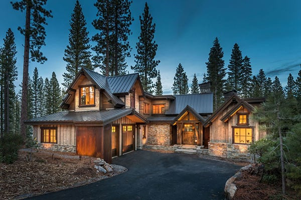 featured posts image for Ski lodge blending rustic modern details in Martis Camp
