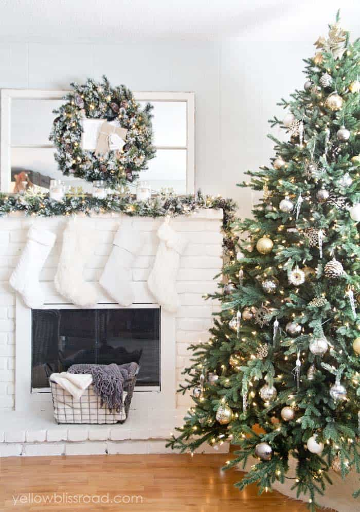 Christmas Tree Decoration Ideas-041-1 Kindesign