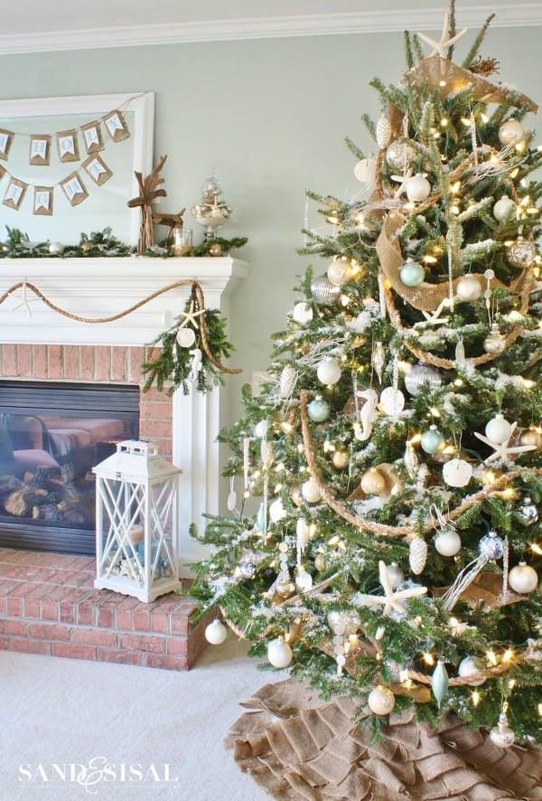 Christmas Tree Decoration Ideas-17-1 Kindesign