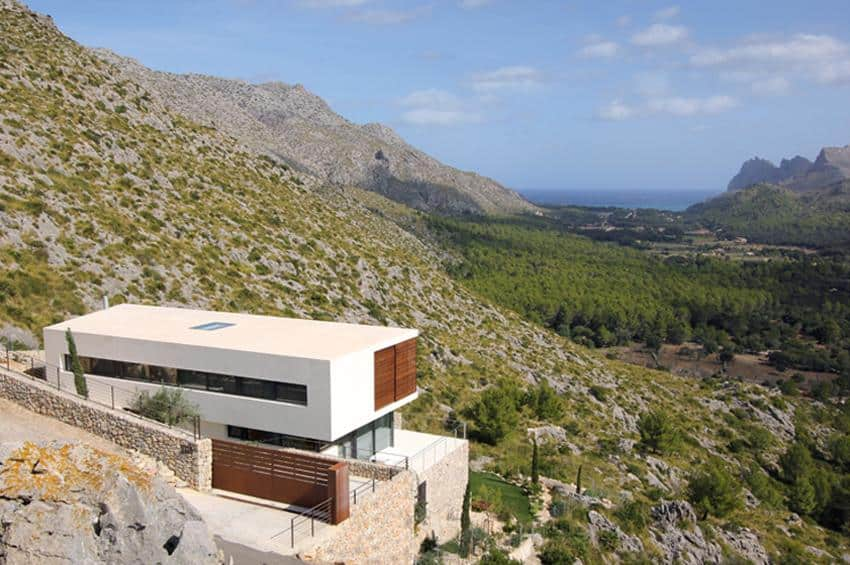 Contemporary Mountain House-Miquel Lacomba-07-1 Kindesign